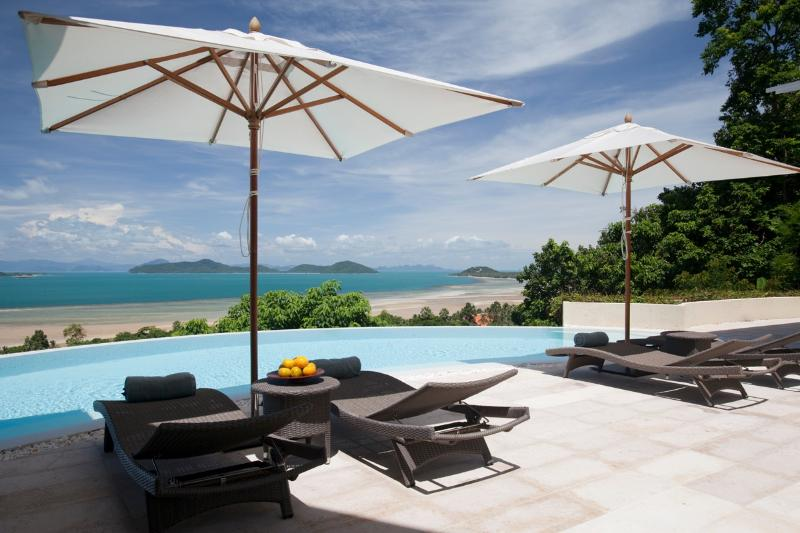 Villa Serendipity with the most amazing ocean & island views