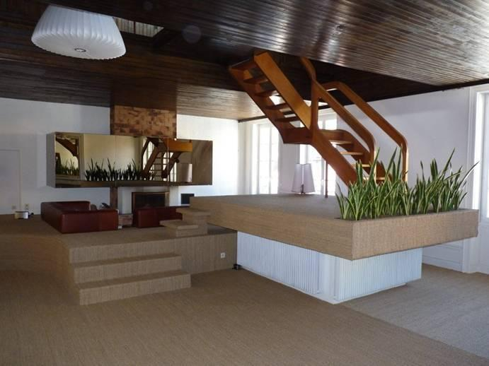 Huge and spacious 3,000 square foot interior-designed 3 bedroom penthouse