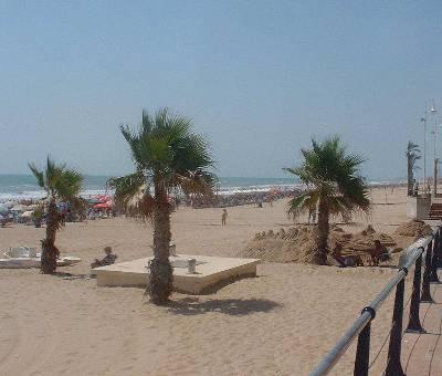 Guardamar beach only 10 min from apartment by car.
