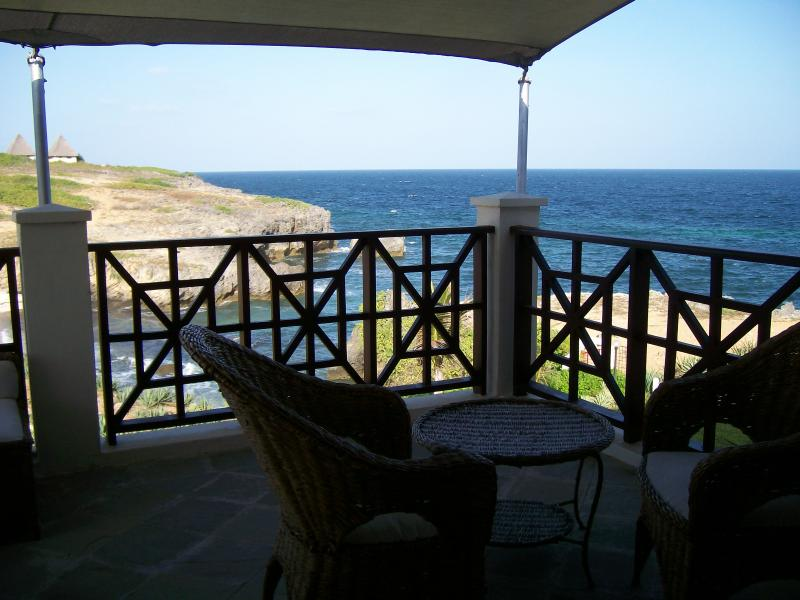 View over the Indian Ocean from the top Balcony. Great place to sip your ice cold drinks!