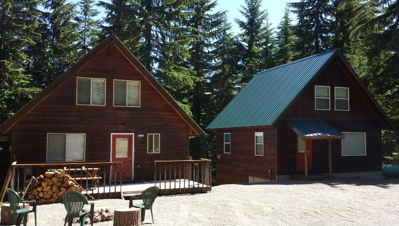 The Roaring Creek Cabins. The Creek Cabin on the left, The Waterfall Cabin on the right