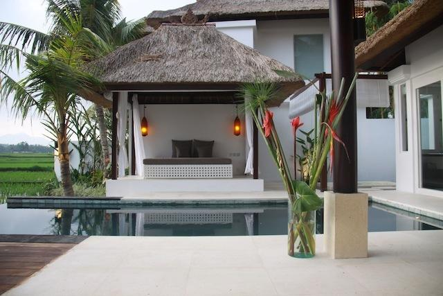 Private swimming pool and outdoor bale which transforms in to a cozy third bed at night.