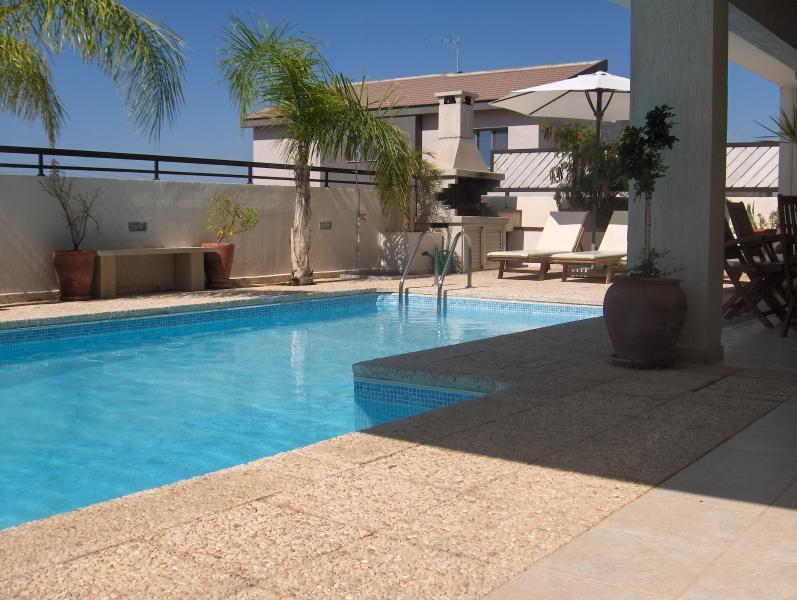 Kallithea View and ...Your very own Private Pool ...