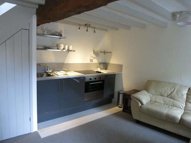 Cosy Cotswold cottage