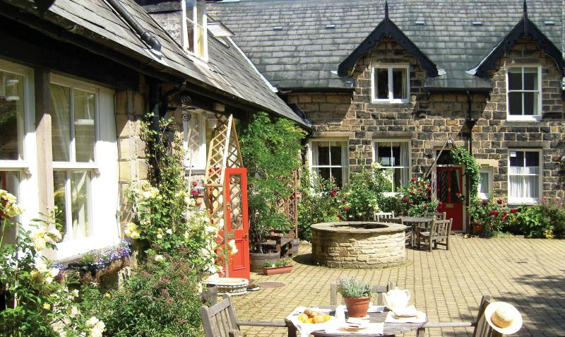 The Courtyard Cottages