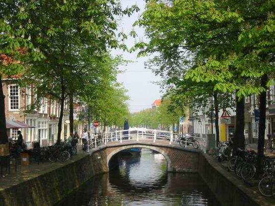 Delft City Center - Modern 2 Bed in Delf, South Holland