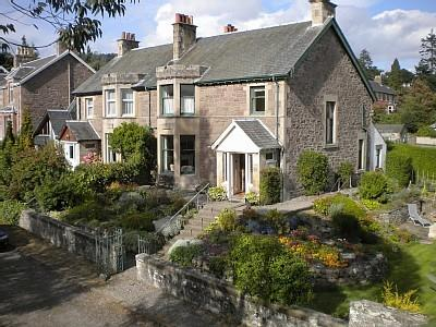 Lincluden is in a leafy, quiet spot only 5 minutes walk from the town and Crieff Hydro
