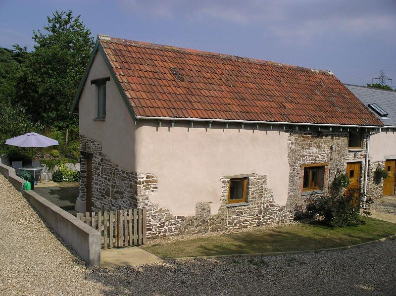 Front of Hazelnut Barn