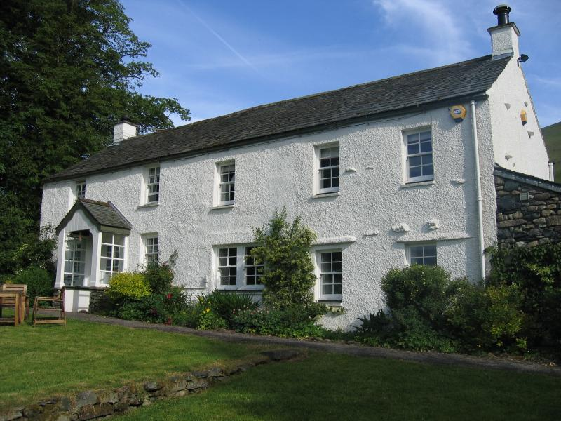 Ings - fine detached Lakeland farmhouse on southern slopes of Blencathra