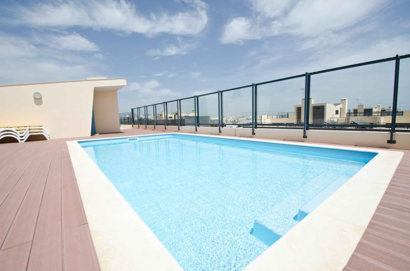 Rooftop Pool with stunning views over The Ria Formosa