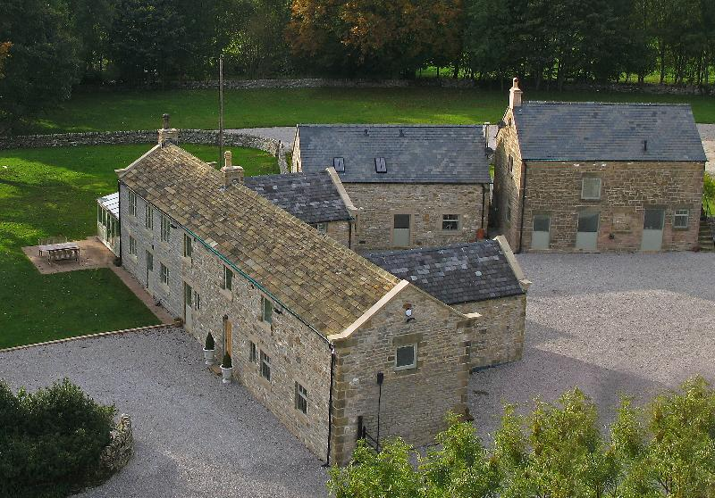 Brosterfield Farm and cottages