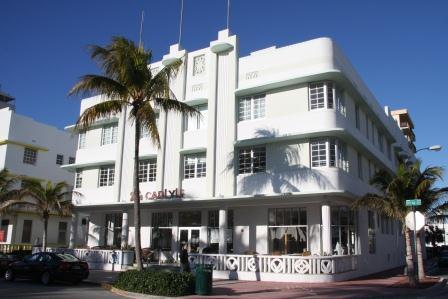 The Carlyle, one of the most beautiful Art Deco buildings in Miami Beach