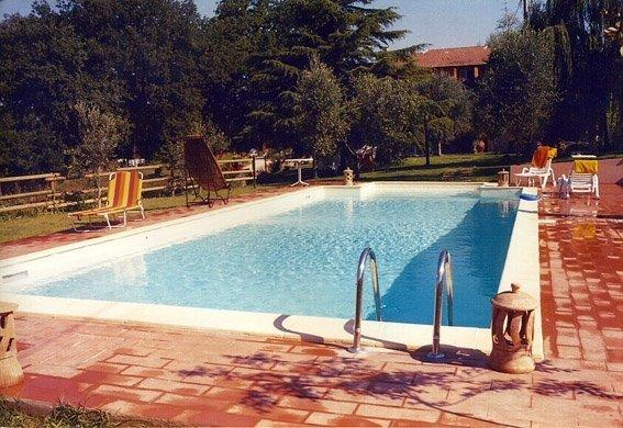 swimming pool 5x12 meters  with views of the villa and the garden of 1500sqm exclusive use of guests