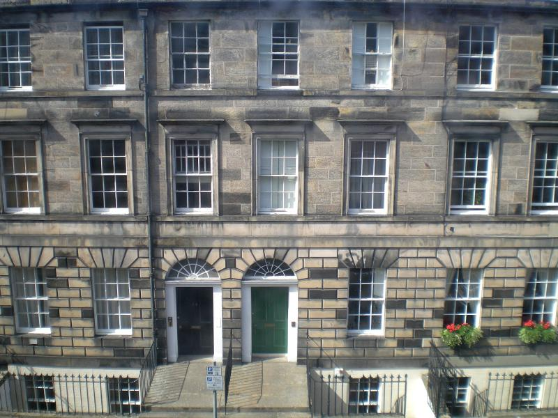 Appartment situated in Cumberland Street - less than 10 mins walk from Princes Street
