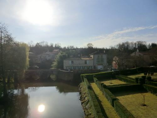 La Pibole is situated on the Pont Roman across the River Mere