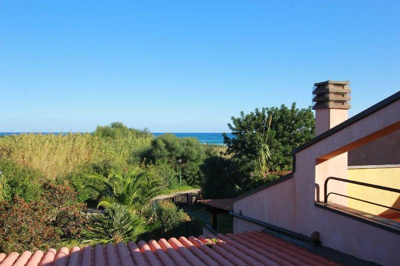 Vista mare dal primo piano, Sea view from the first floor