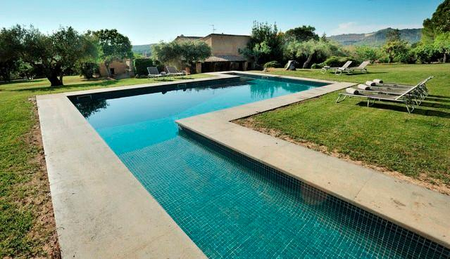 MASIA CAL MINGO pool 9x4m with mountain view, surrounded by garden