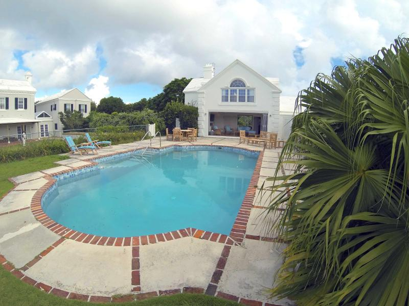 Pool House  (Sleeps 8)