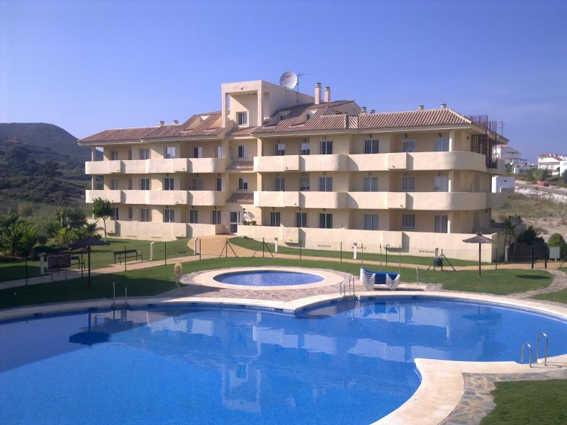 Beautiful 2 Bedroom, 2 bathroom  Apartment Great for Families, Couples or Golfing Holidays