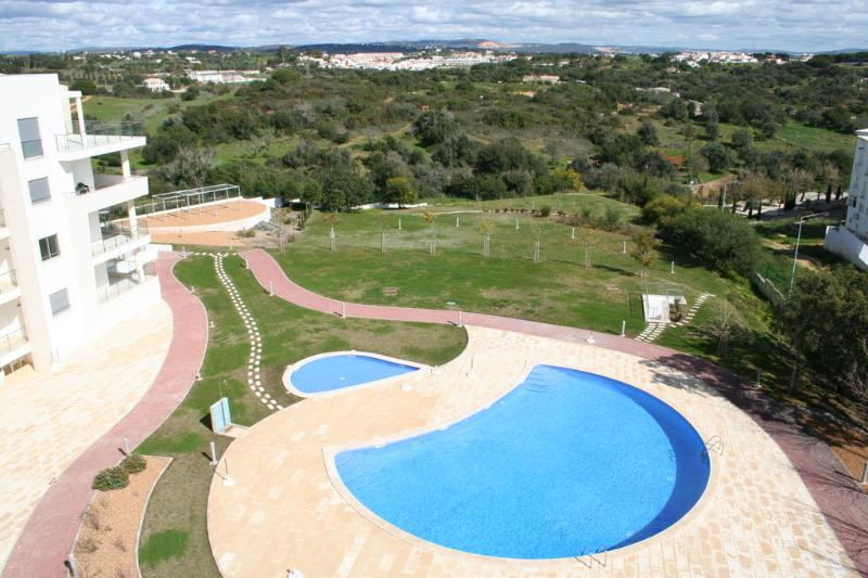 Swimming Pool, Gardens and Countryside Views