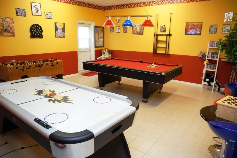 Emerald Magic - Offers the best game-room around with Air-hockey, foosball table and pool table
