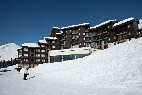 The residence from the piste