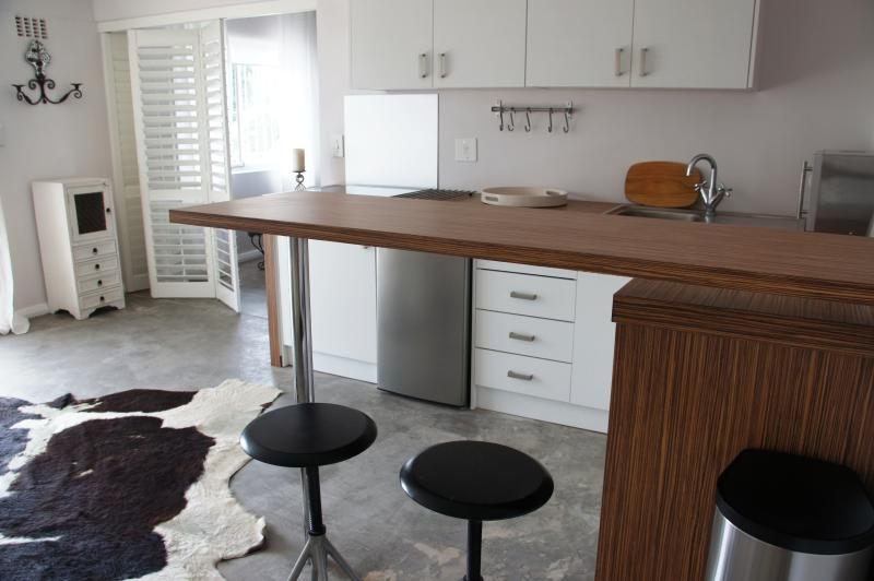 Open Plan Kitchen | Fully equiped: Microwave, Hob, Kettle, Toaster etc