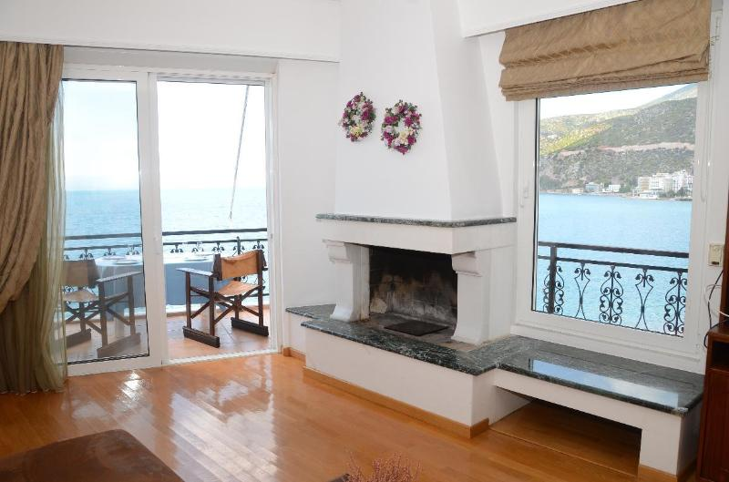 Amazing and fully-equiped apartment with stunning sea view
