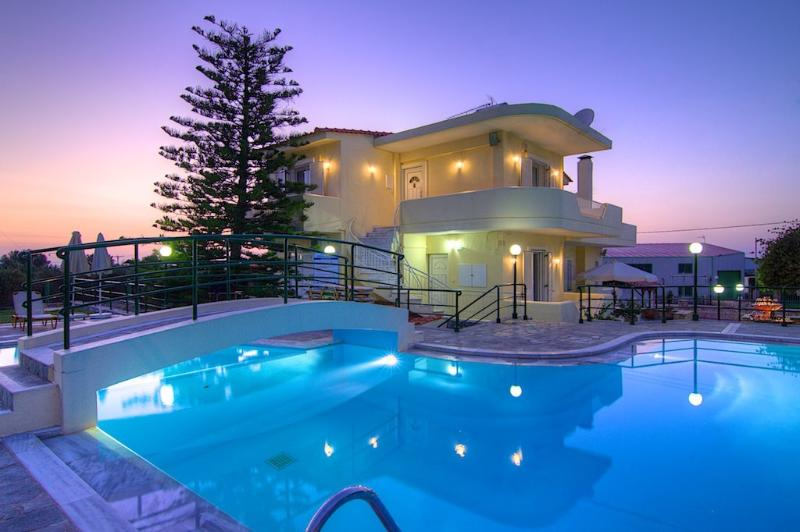 Outdoor area and 95 m² swimming pool