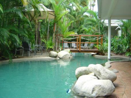 Tropical Heated Pool