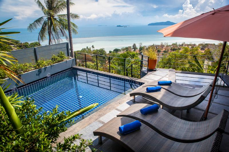 Stunning villa with spectacular far reaching views of the Gulf of Thailand