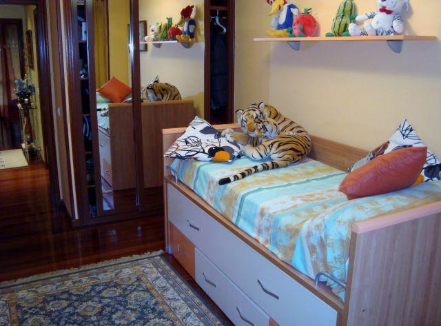 2ND BEDROOM WITH WARDROBE