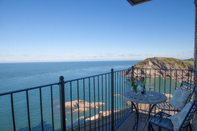 Breathtaking sea views greet you from the two balconies and every window from this apartment.
