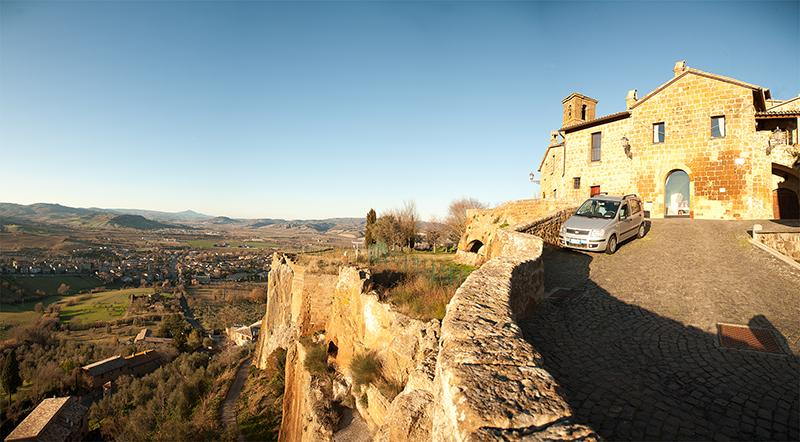 Casa San Giovenale is located on the ancient walls, with outstanding panoramic view