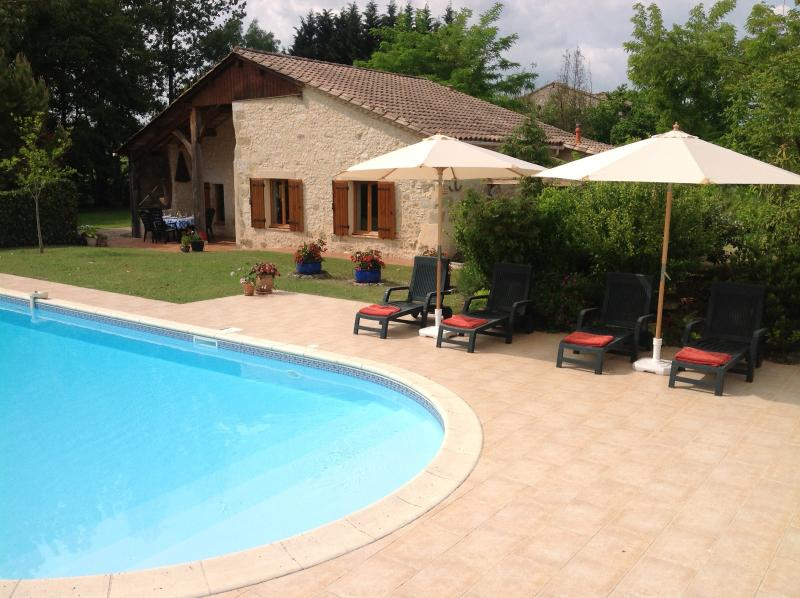 Beautifully restored 3 bed Cottage with private pool on Lot/ Dordogne border