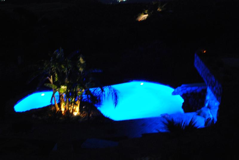Fancy a midnight swim?  Pool with 'beach' area and infinity edge