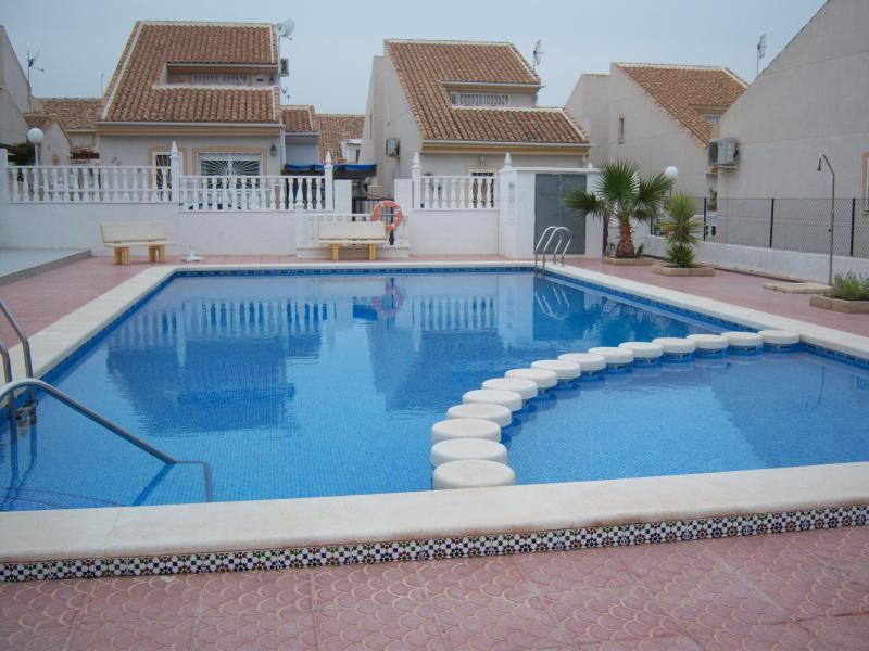 Community Swimming Pool 20 metres with Kiddies´s section