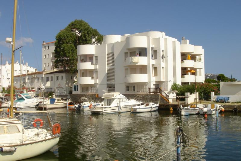 Puerto Ilsa, Our apt occupies the whole roof area