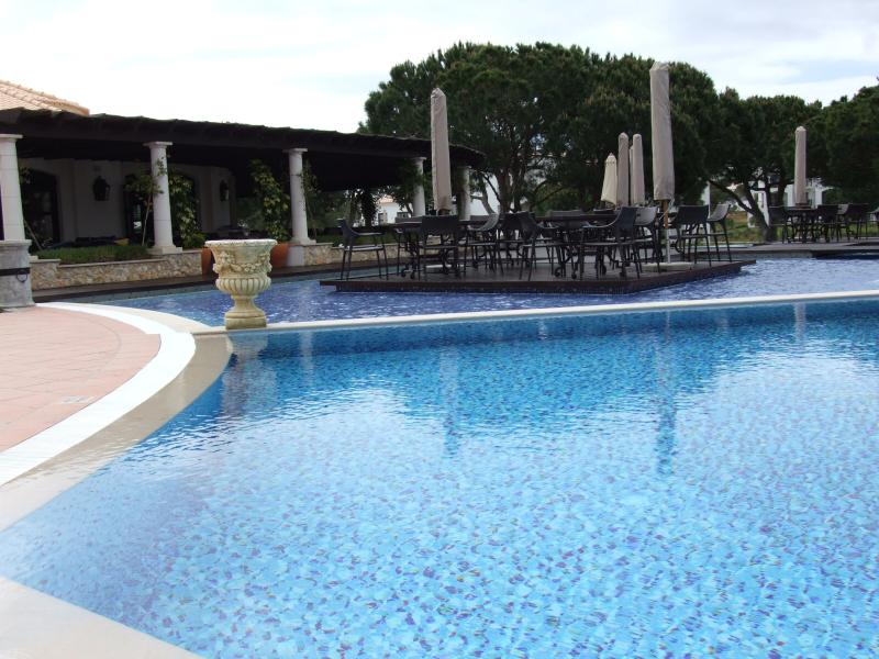 5 Outdoor pools (1 heated), 1 indoor heated pool. Several pools suitable for small kids.