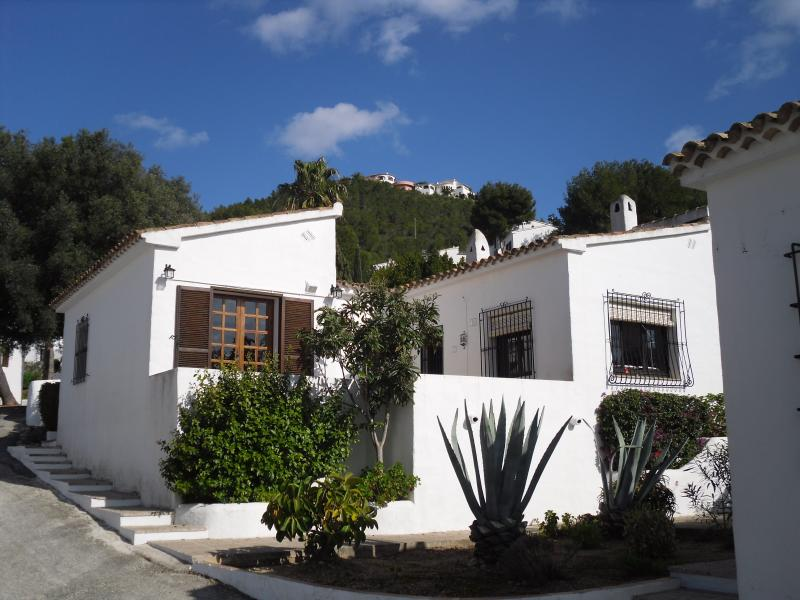 Casa Sonjuzie: with main bedroom doors onto private south west facing terrace.