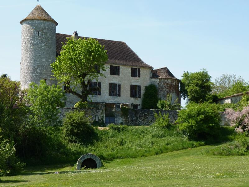 Chateau de Sadillac from the golf course