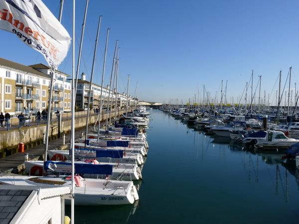 Sea Fizz is located in the tranquil setting of Brighton Marina, away from the hustle and bustle of