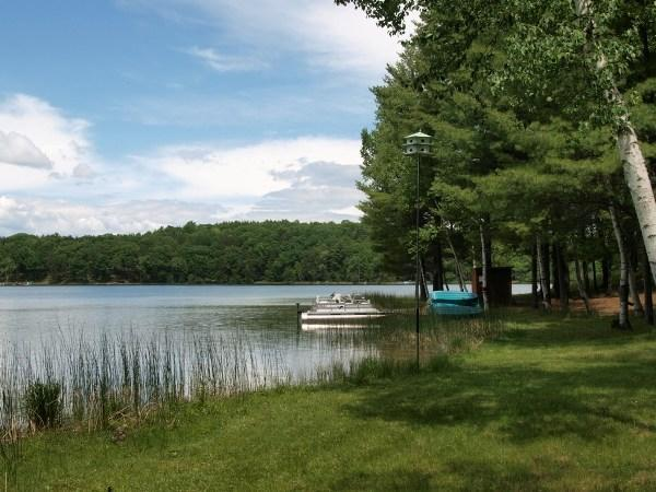Gorwgrous Strawberry Lake Waterfront-No Gas Motors Allowed-Electric Pontoon Provided