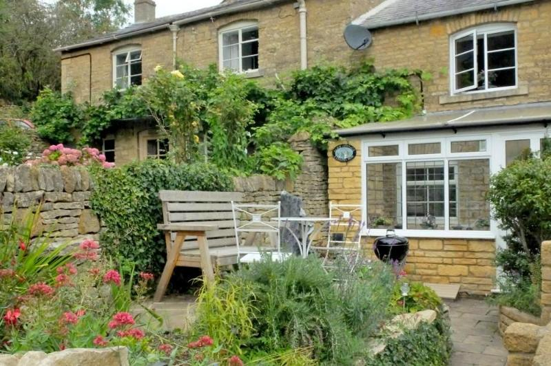 Welcome to Alice Cottage, Blockley