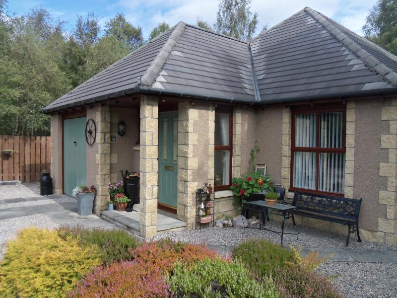 Honeybee Cottage 5 Meall Buidhe Dalfaber Aviemore at the heart of the Cairngorm National Park