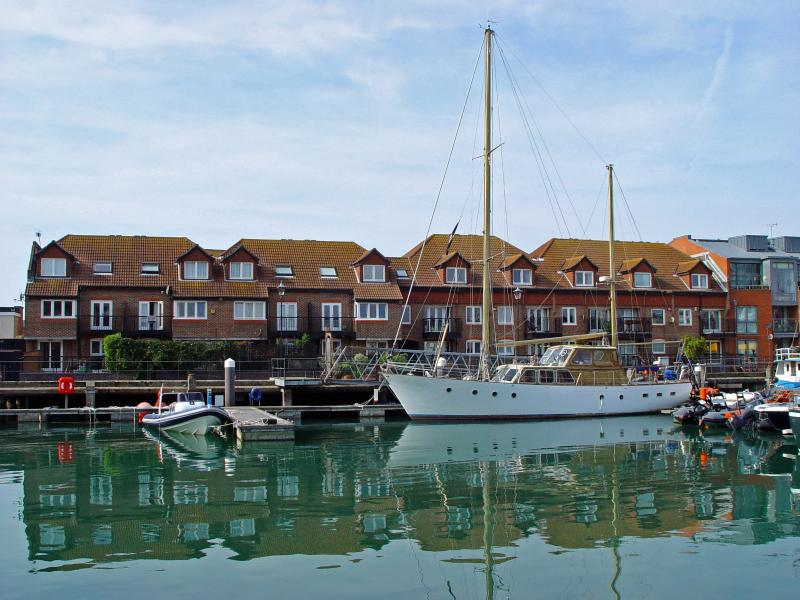 Your Holiday home location - Camber Dock - Old Portsmouth