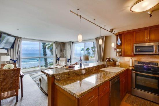 Stunning Corner Condo overlooking Pacific Beach with Awesome Ocean Views