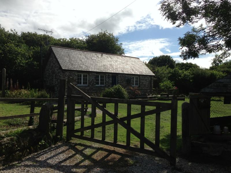 Your cottage set in its own meadow with private drive & garden