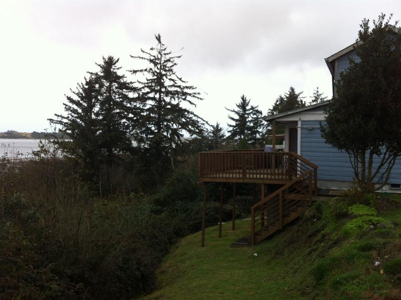 Beach House Overlooking Coos Bay