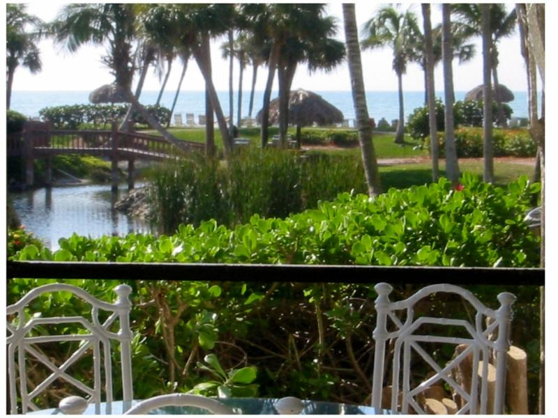 Beautiful Gulf View from Lanai- walk right out directly to the beach, about a minute\\\'s walk away